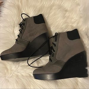 ZARA TRAFALUC WEDGE BOOTIES